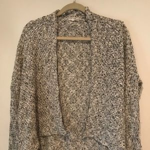 Alythea Sweater open front Cardigan marled knit